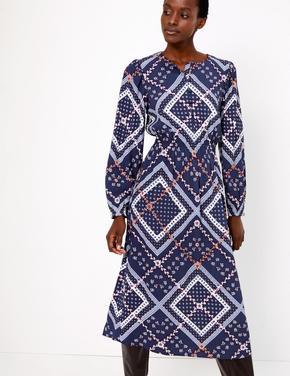 Desenli Waisted Midi Elbise