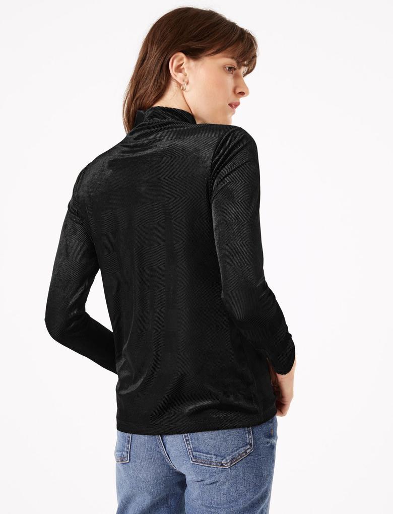 Kadın Siyah Fitted Uzun Kollu Bluz