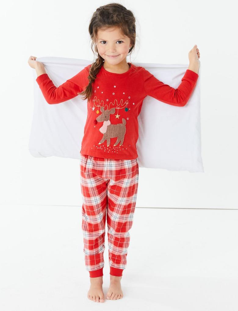 Kırmızı Ren Geyiği Desenli Pijama Takımı