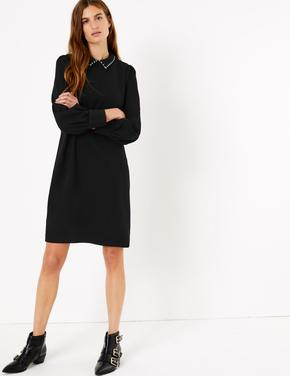 Pullu Yaka Shift Elbise