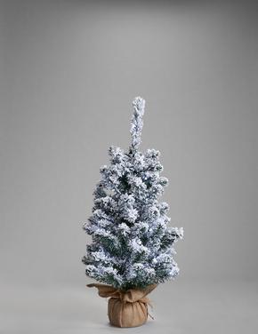Işıklı Karlı Çam Ağacı