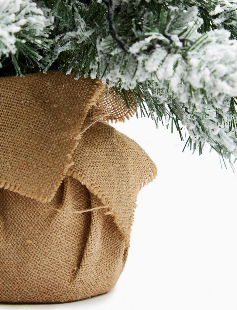 Ev Beyaz Işıklı Karlı Çam Ağacı