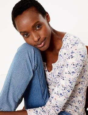 Kadın Pembe Çiçek Desenli Uzun Kollu T-Shirt