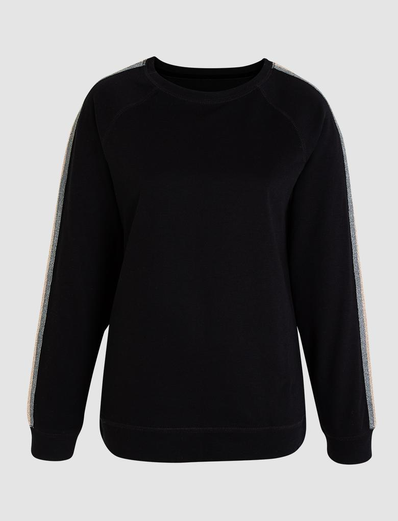 Kadın Siyah Yanları Şeritli Pijama Takımı
