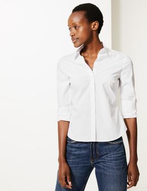 Beyaz Düğme Detaylı Gömlek