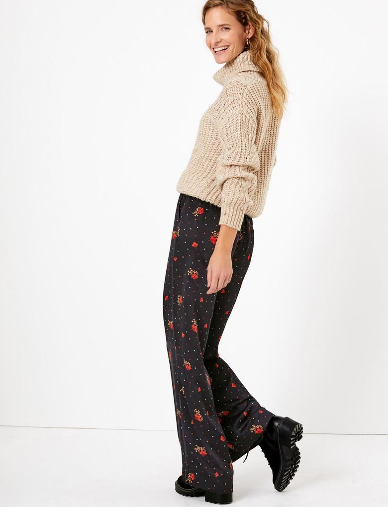 Kadın Siyah Çiçek Desenli Saten Wide Leg Pantolon