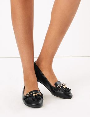 Siyah Püskül Detaylı Loafer Ayakkabı