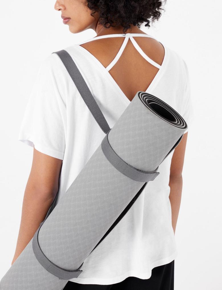 Kadın Beyaz Çapraz Sırt Detaylı Yoga T-Shirt