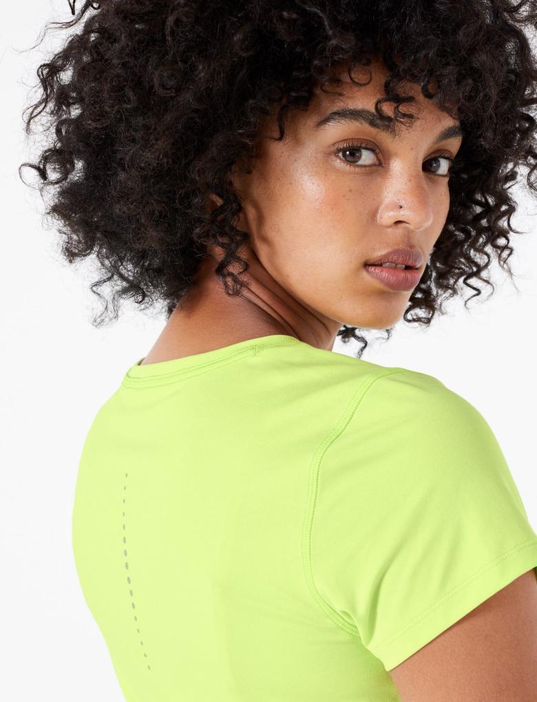 Kadın Sarı Performance Kısa Kollu T-Shirt