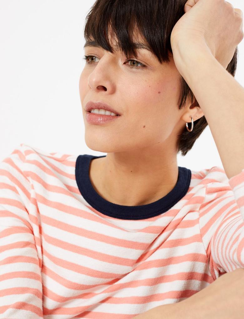 Kadın Pembe Çizgili Saf Pamuklu T-Shirt