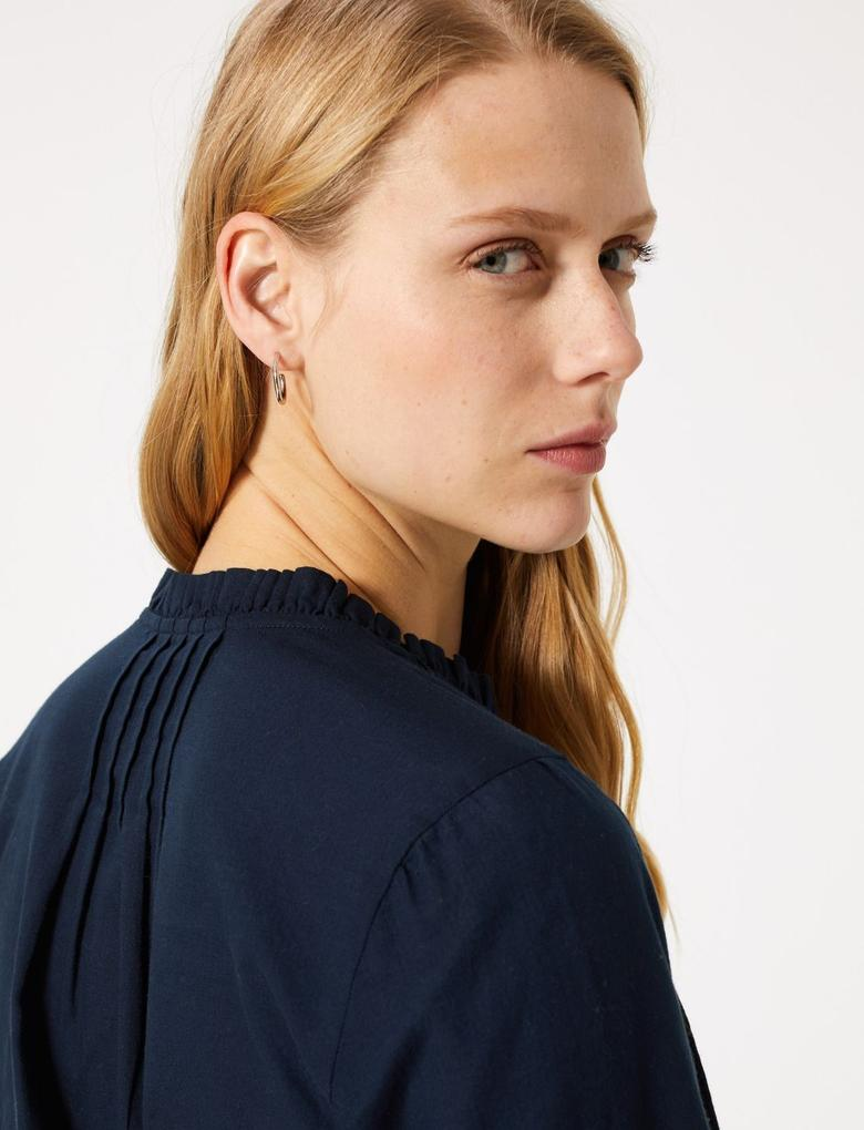 Kadın Lacivert Düğme Detaylı Bluz