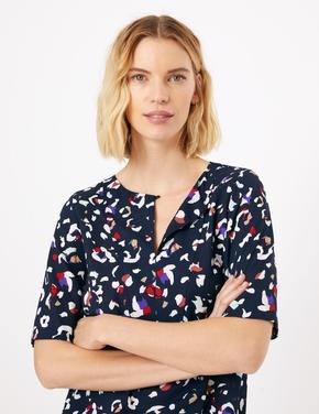 Kadın Lacivert Desenli Bluz