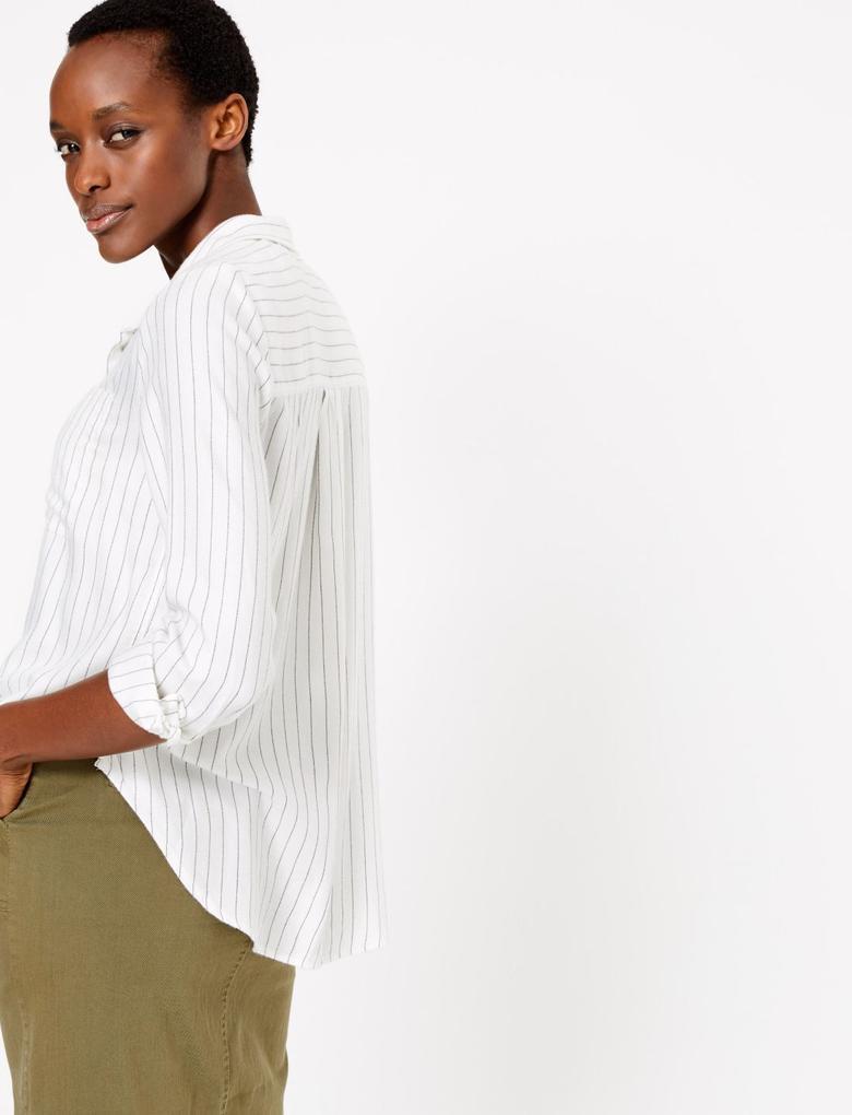 Kadın Krem Çizgili Yumuşak Dokulu Gömlek