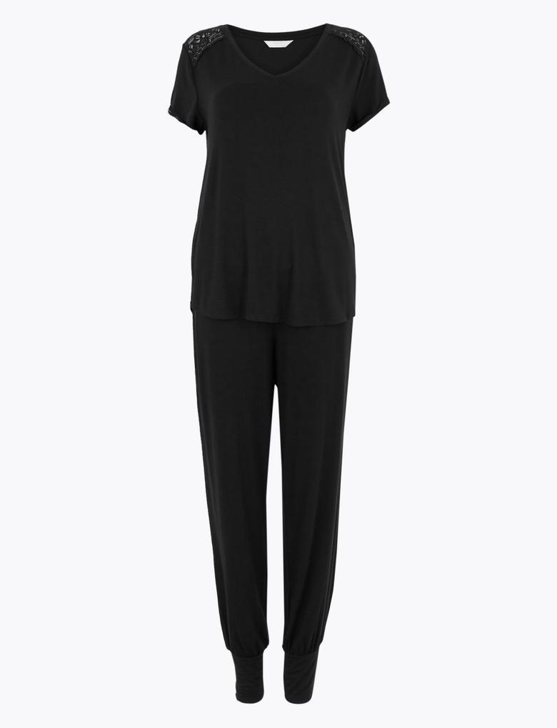 Kadın Siyah Yumuşak Dokulu Dantel Detaylı Pijama Takımı