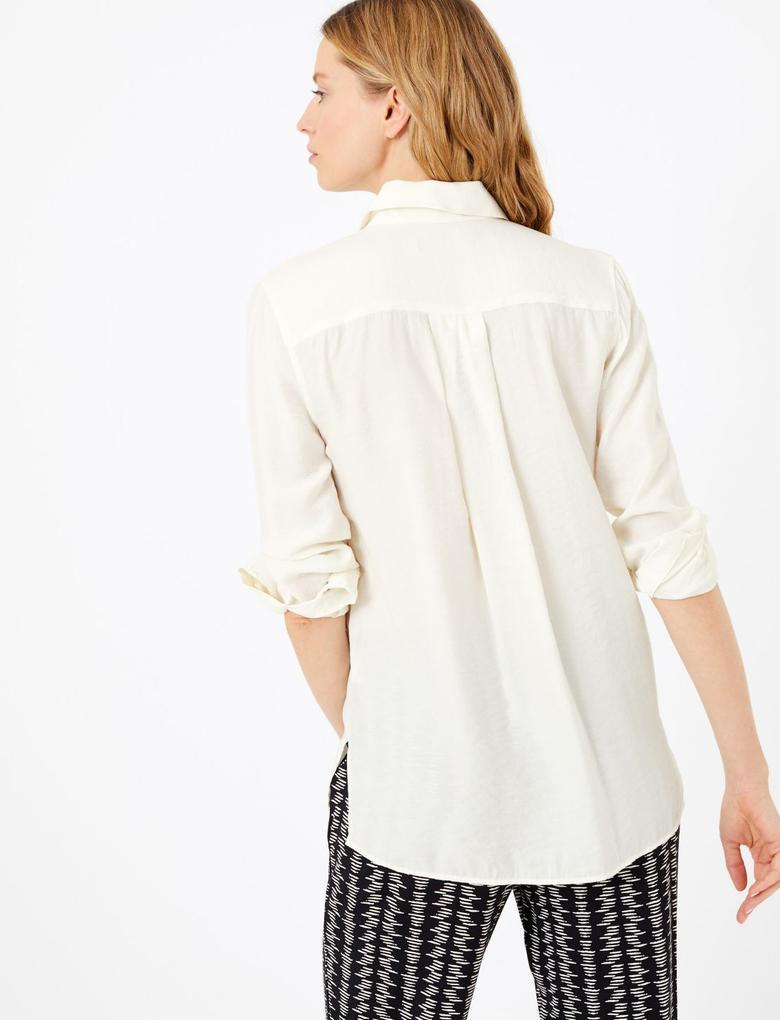 Kadın Beyaz Düğme Detaylı Utility Gömlek