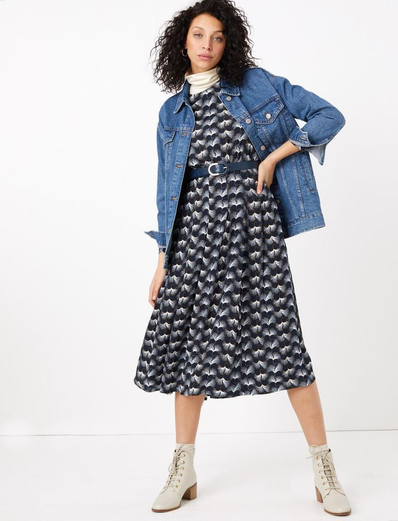 Kadın Lacivert Kemer Detaylı Desenli Midi Elbise