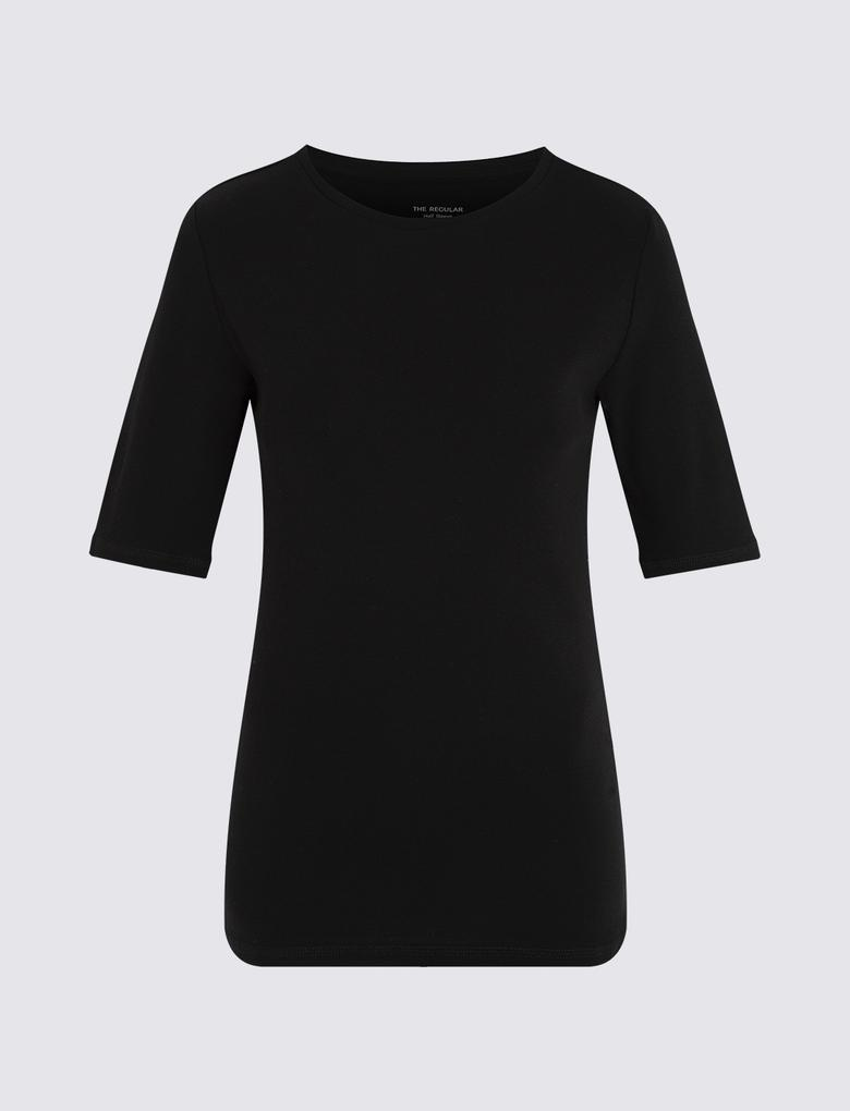 Kadın Siyah Yuvarlak Yakalı Regular Fit T-Shirt