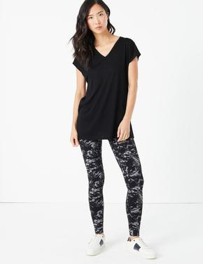 Kadın Siyah V Yaka Relaxed T-Shirt