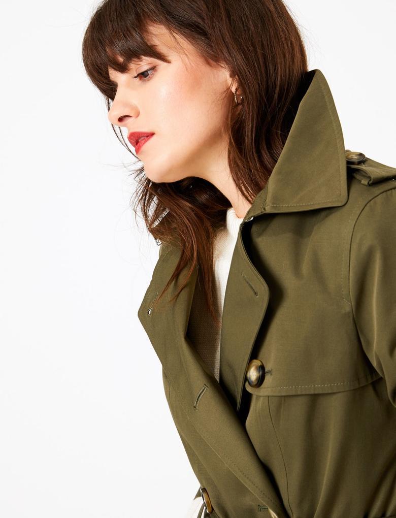 Kadın Yeşil Düğme Detaylı Trençkot