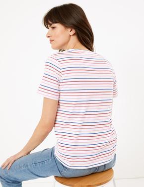 Kadın Beyaz Çizgili Straight Fit T-Shirt