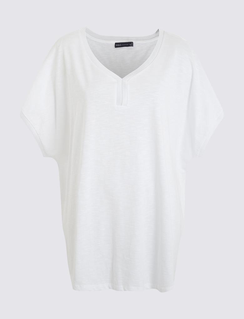 Beyaz V Yaka Kısa Kollu T-Shirt