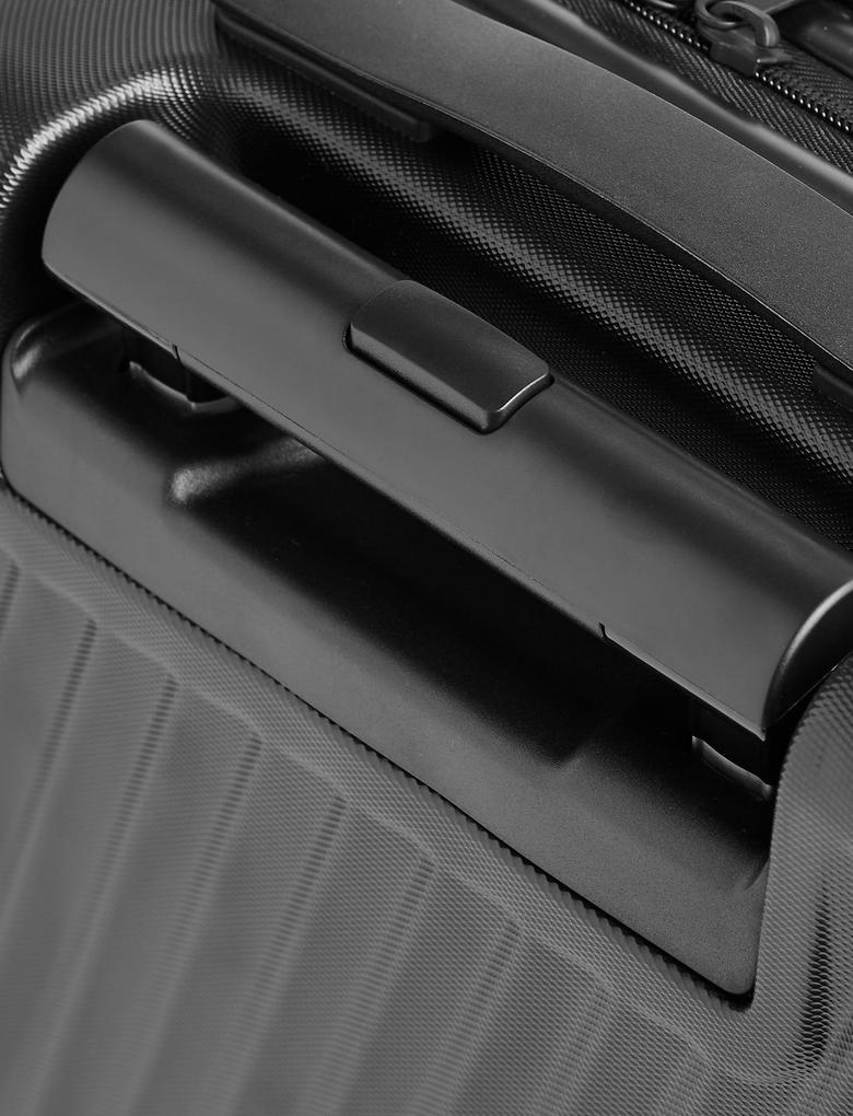 Siyah 4 Tekerlekli Orta Boy Sert Yüzeyli Hafif Valiz (Güvenlik Fermuarı ile)