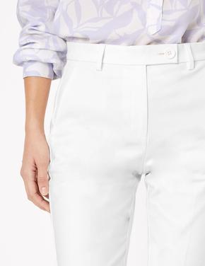 Kadın Beyaz Yüksek Belli Chino Şort