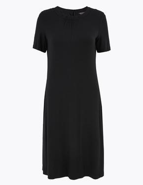 Kadın Siyah Kısa Kollu Swing Elbise