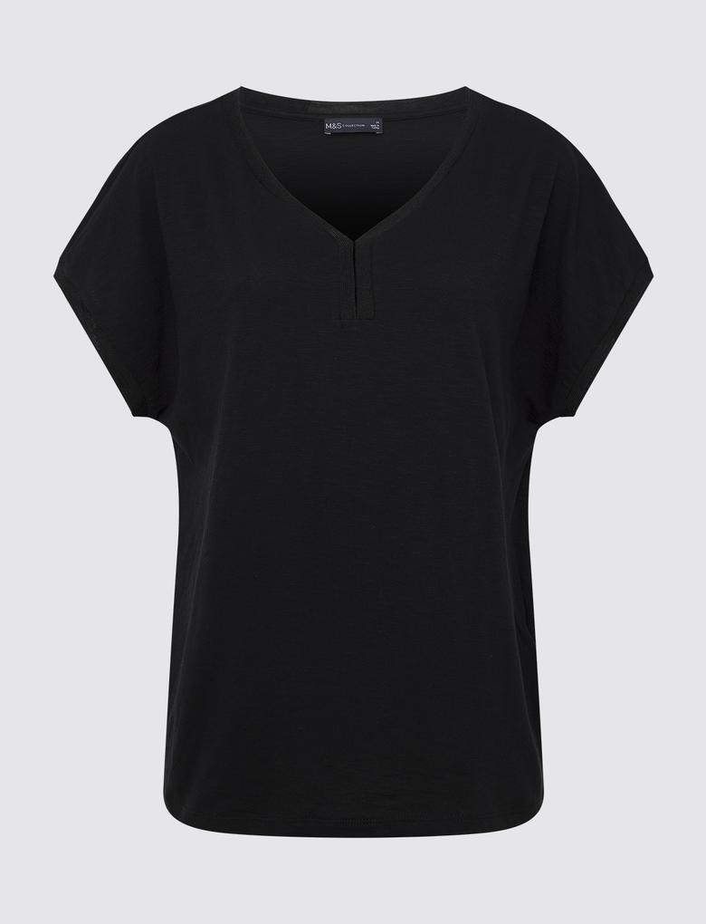 Siyah V Yaka Kısa Kollu T-Shirt