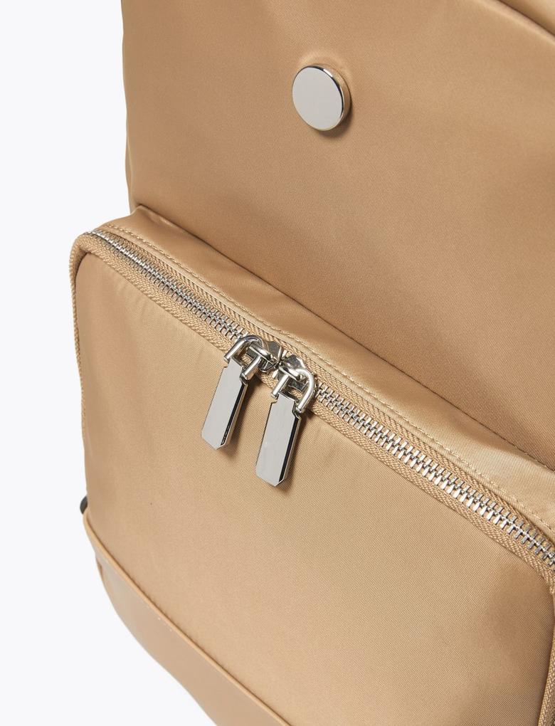 Kadın Kahverengi Laptop Bölmeli Sırt Çantası
