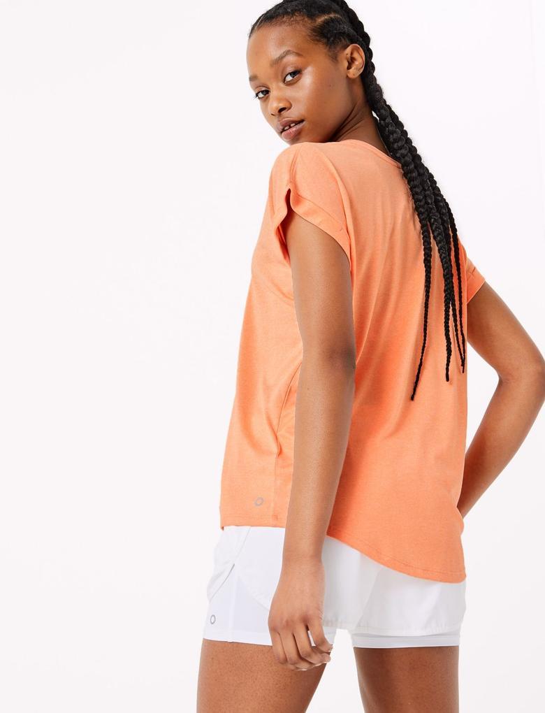 Kadın Turuncu Yuvarlak Yakalı Kısa Kollu T-Shirt
