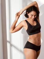 Kadın Siyah Flexifit™ Balensiz Crop Top Sütyen
