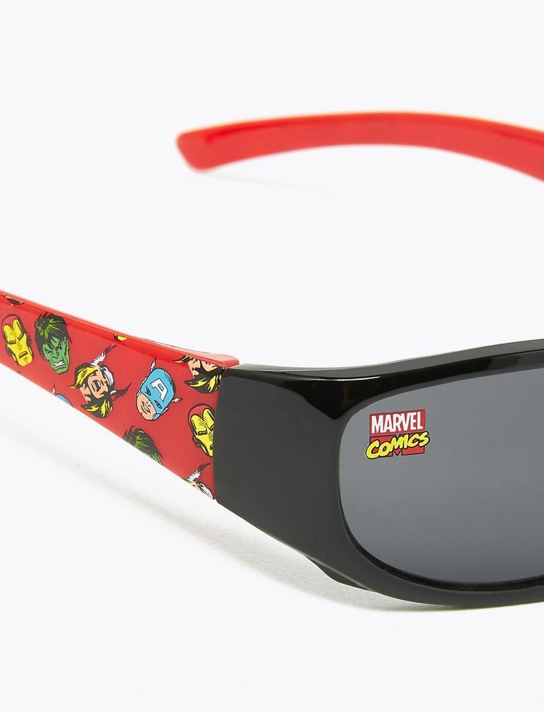 Çocuk Kırmızı Avengers™ Desenli Güneş Gözlüğü