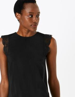 Kadın Siyah Fırfır Detaylı Bluz