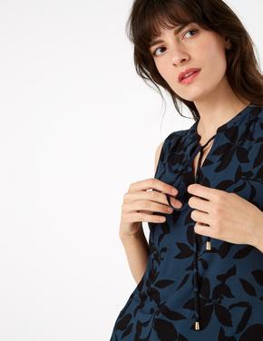 Kadın Lacivert Çiçek Desenli Bluz