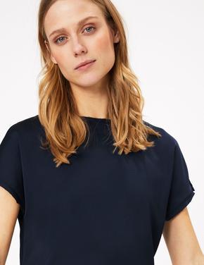 Kadın Lacivert Kısa Kollu Straight Fit Bluz