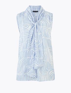 Kadın Mavi Yakası Bağlamalı Desenli Bluz