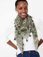 Kadın Yeşil Desenli Püsküllü Şal