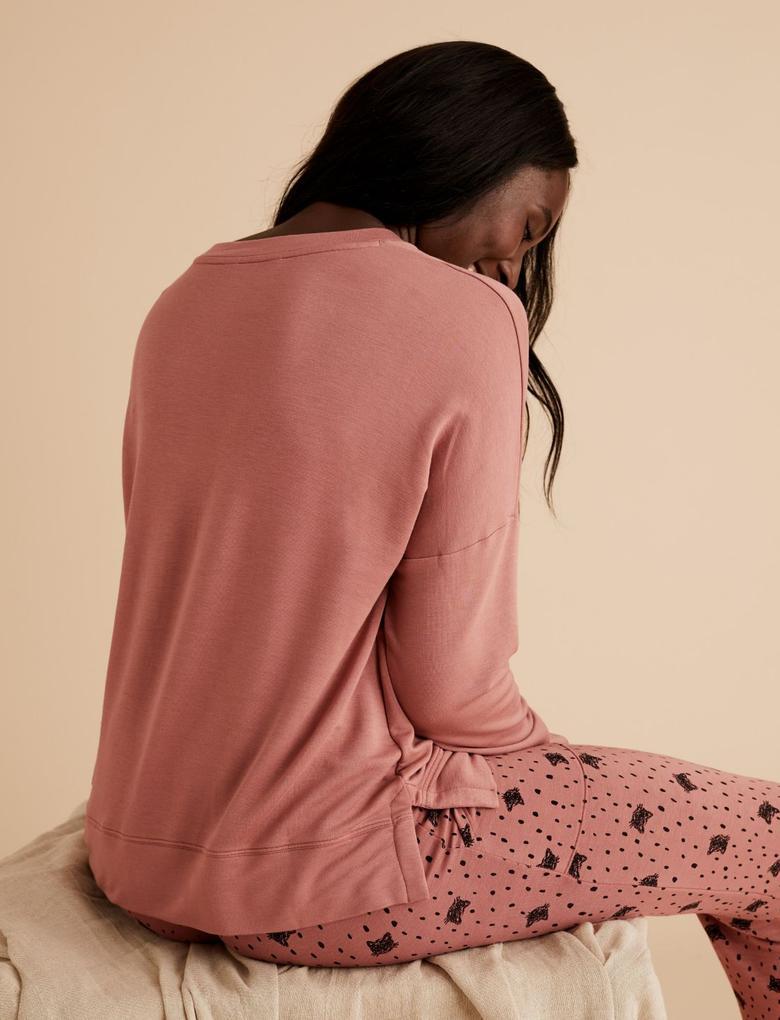 Kadın Kahverengi Flexifit™ Sloganlı Pijama Üstü