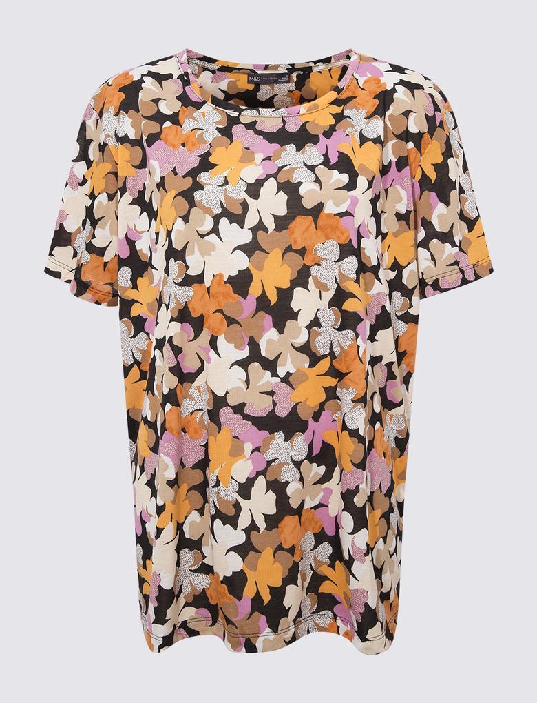 Kadın Siyah Çiçek Desenli Kısa Kollu T-Shirt