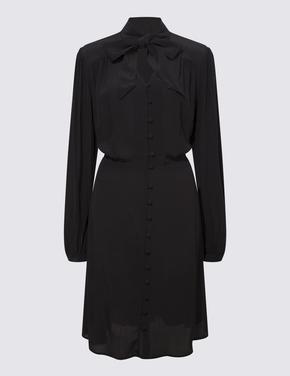 Kadın Siyah Yaka Detaylı Mini Elbise