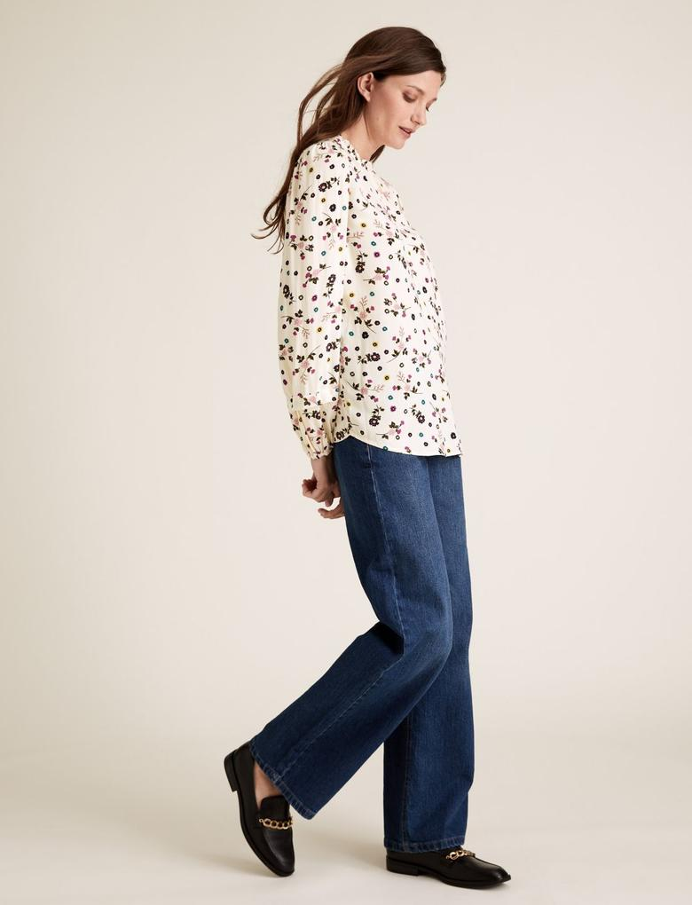 Kadın Bej Çiçek Desenli Uzun Kollu Bluz