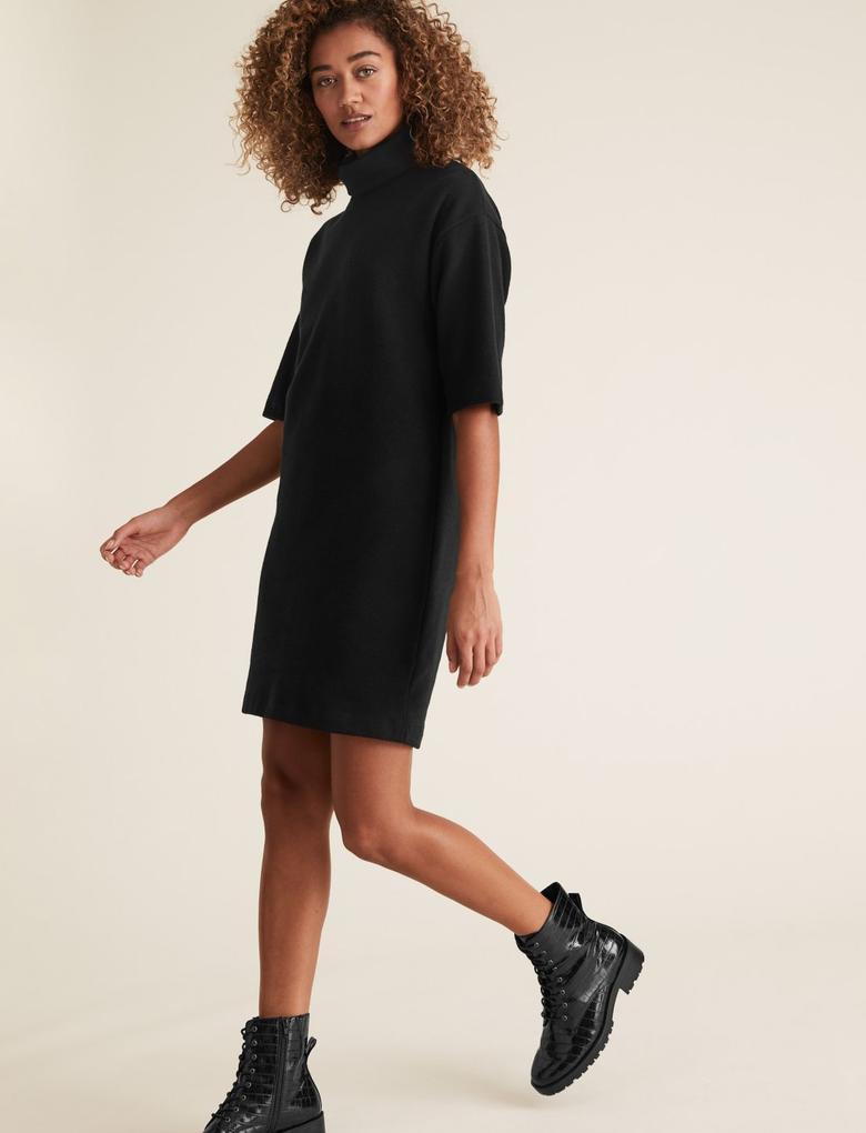 Kadın Siyah Yarım Kollu Mini Elbise