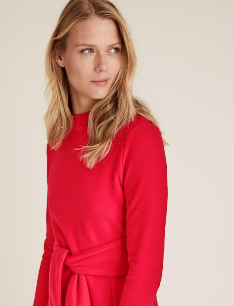Kadın Kırmızı Kemer Detaylı Shift Elbise