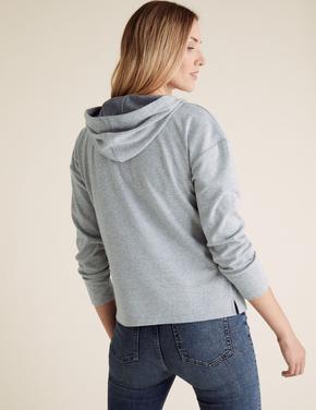 Kadın Gri Desenli Kapüşonlu Sweatshirt