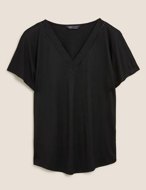 Kadın Siyah V Yaka Kısa Kollu Bluz