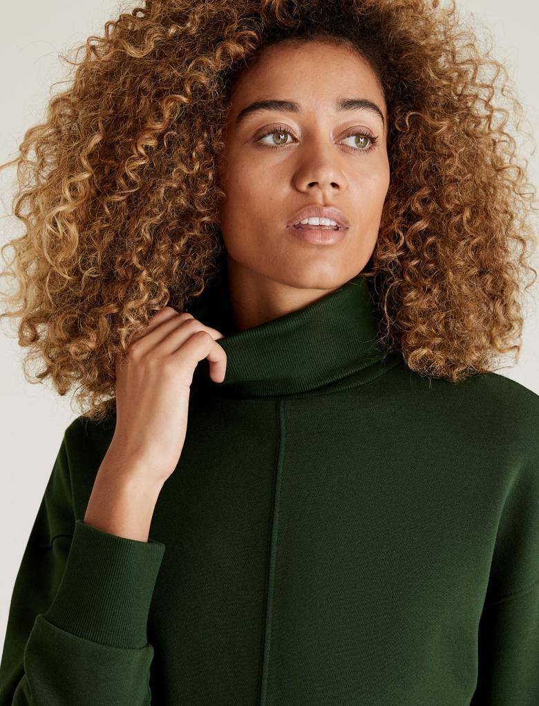 Kadın Yeşil Balıkçı Yaka Sweatshirt