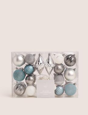 Gümüş 40'lı Gümüş Rengi Dekoratif Çam Ağacı Süsü