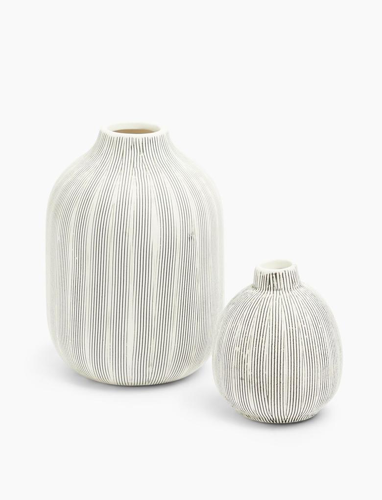 Ev Gri Çizgili Vazo