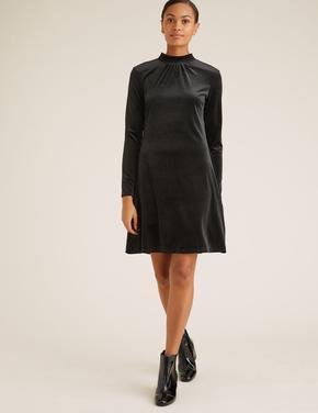 Kadın Siyah Kadife Uzun Kollu Swing Elbise